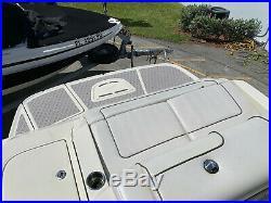 2010 Sea Ray 260 Sundeck NEW ENGINE block No Bottom paint. We Ship Worldwide