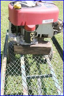 Briggs & Stratton 17.5 HP Intek Vertical Shaft Mower Engine Motor 31C707