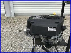Briggs & Stratton 33R877-0034 John Deere Engine 19HP Vertical shaft 1x 3-5/32