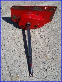 Differential and Drive Shaft Assy, from Snapper 33 Riding Mower Rear Engine