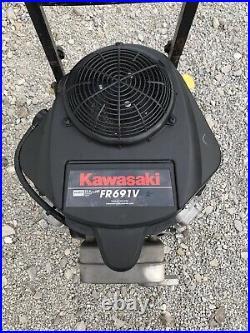 Kawasaki fr691v-bs17 23hp 1 x 3- 5/32 Shaft 120hrs
