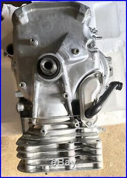 New Briggs & Stratton 31R976-0016-G1 17.5 HP Vertical Shaft Short Block 592060