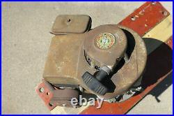 Vintage Briggs & Stratton Model 100902 4HP Vertical Shaft Engine Free Shipping